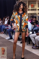 "Designer Tony of Umoya Fashion 2016-12-03_273 • <a style=""font-size:0.8em;"" href=""http://www.flickr.com/photos/136483481@N04/32790528373/"" target=""_blank"">View on Flickr</a>"